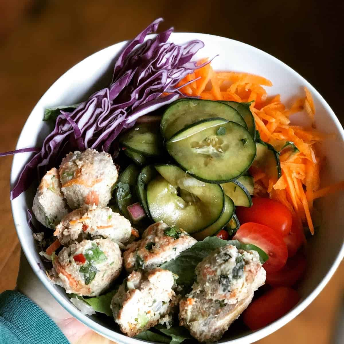Thai Chicken Meatball Bowl recipe. high protein, low fat, and full of asian flavor. by foodology geek