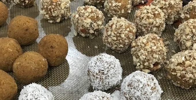 No Bake Pumpkin Spice Protein Bites