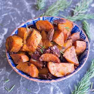 Paleo Roasted Sweet Potatoes with Pecans
