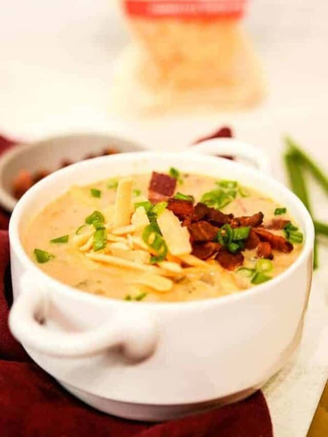 cropped-loaded-baked-potato-soup-with-bacon-and-cheese.jpg