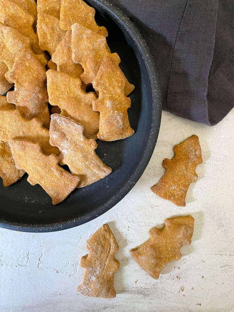 fire hydrant shaped homemade dog treat recipe | foodology geek