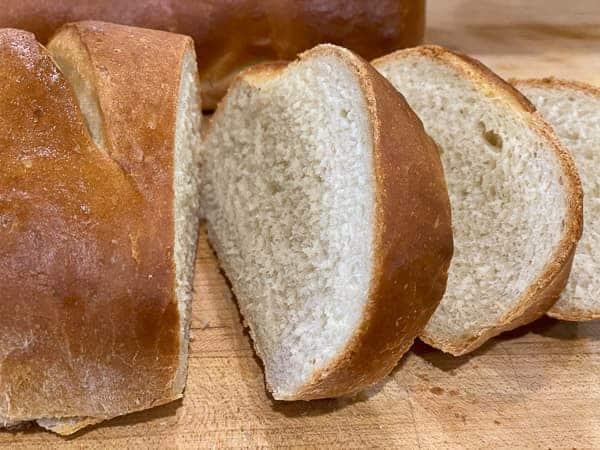Sliced French Bread | foodology geek