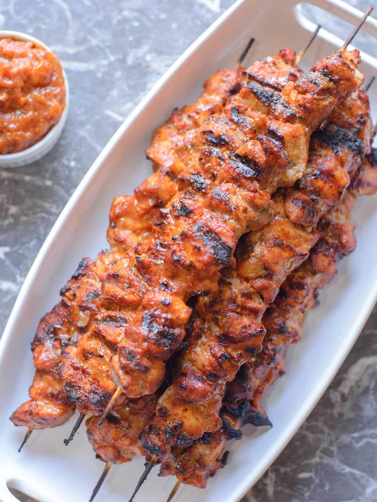 grilled kebabs with bacon rub