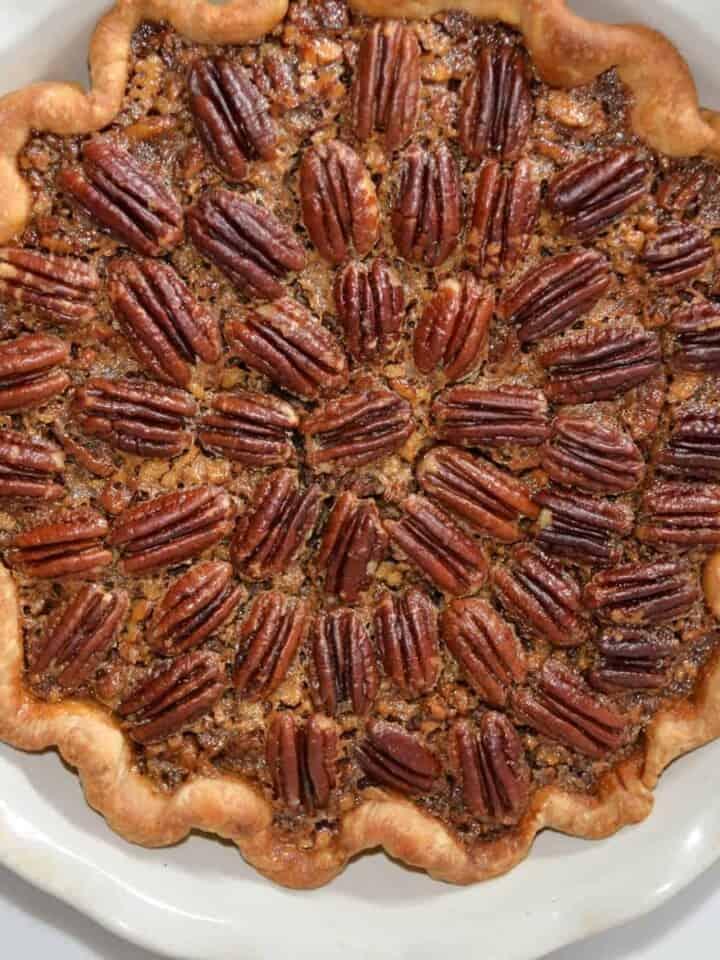 Pecan pie recipe in a an emile henry pie dish