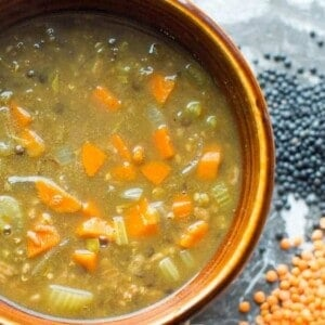 vegan lentil soup recipe, super easy to make