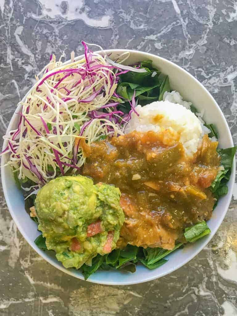 green chicken chili meal prep bowl