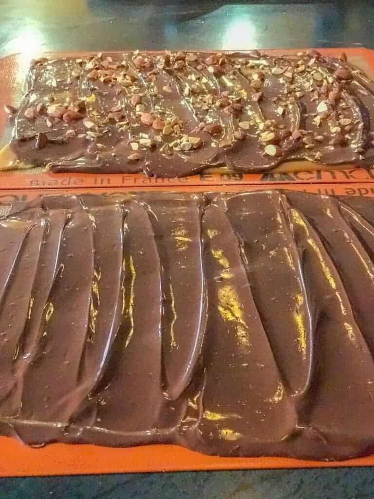 spread the melted chocolate onto the cooled butter toffee