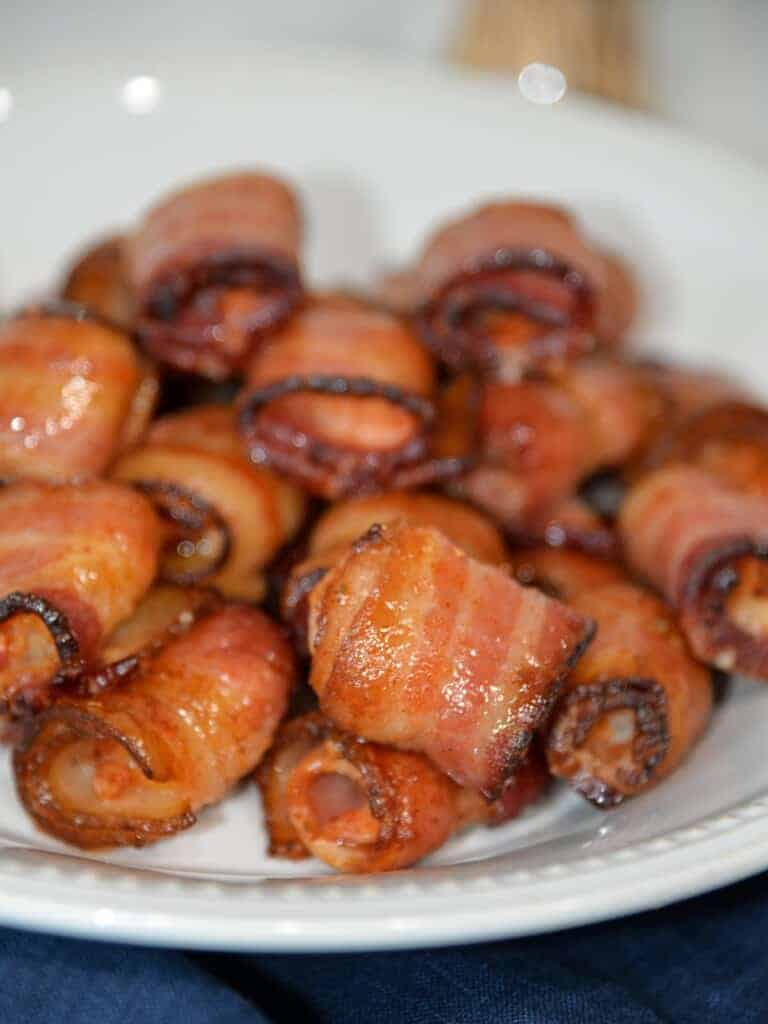 plate of bacon wrapped shrimp