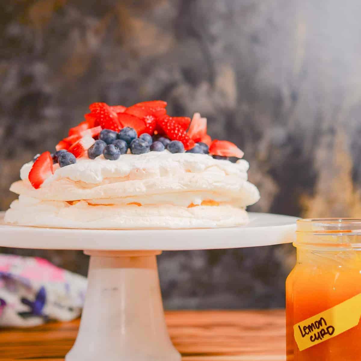 classic pavlova recipe with fresh berries