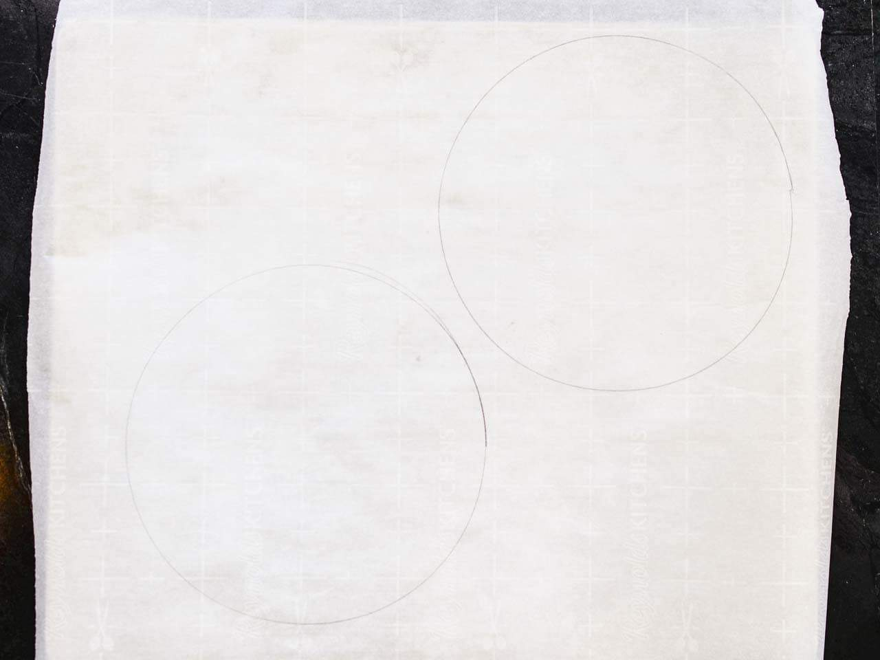 parchement paper with circles for making pavlova