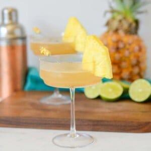 pineapple martini with vodka