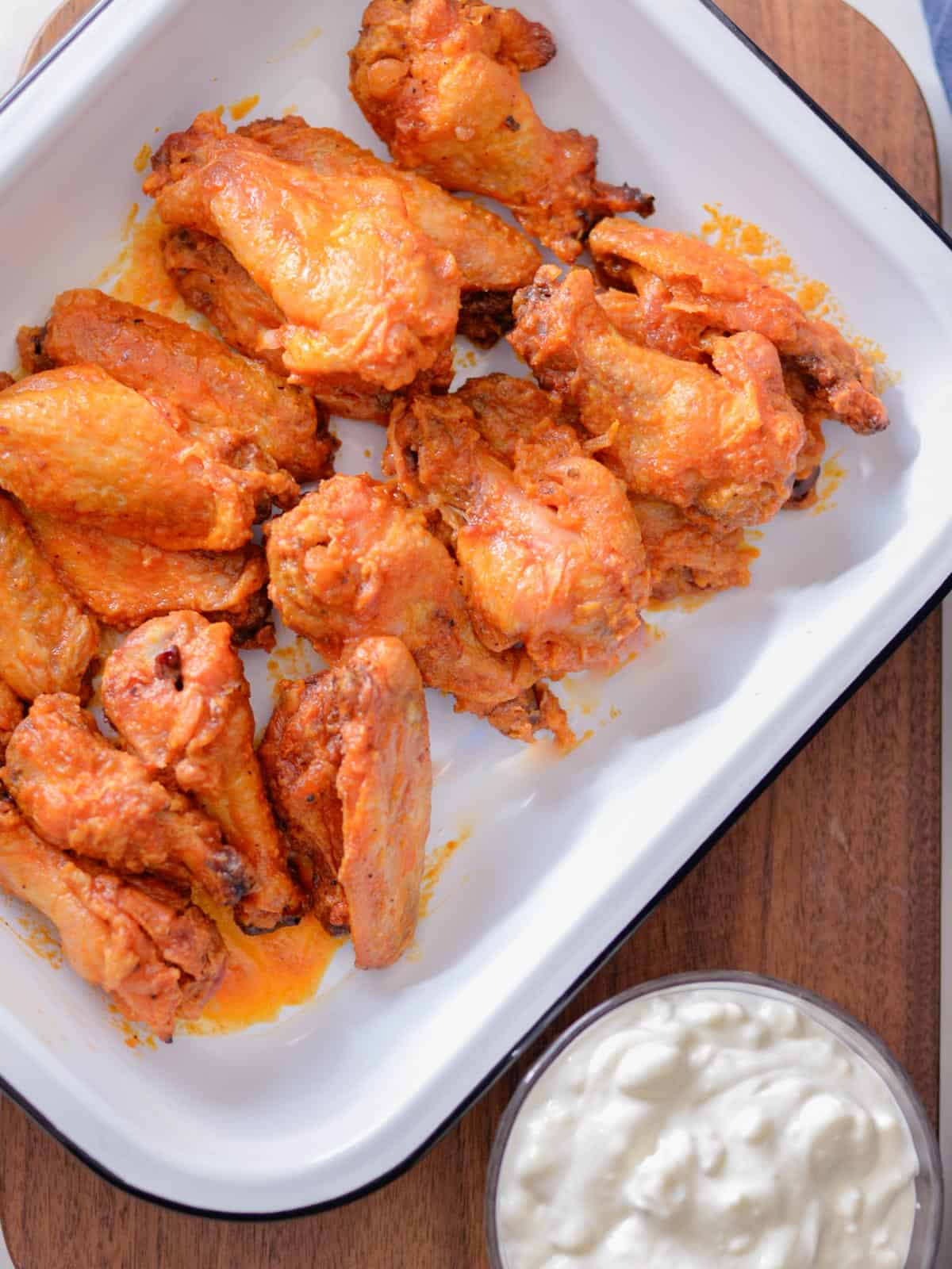 chicken wings recipe with blue cheese sauce